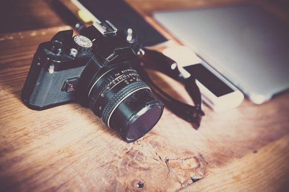 camera-581126_640